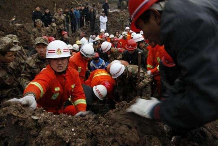 Kitaj opolzen pogibli 42 cheloveka (14)