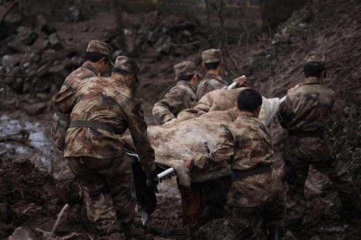 Kitaj opolzen pogibli 42 cheloveka (16)