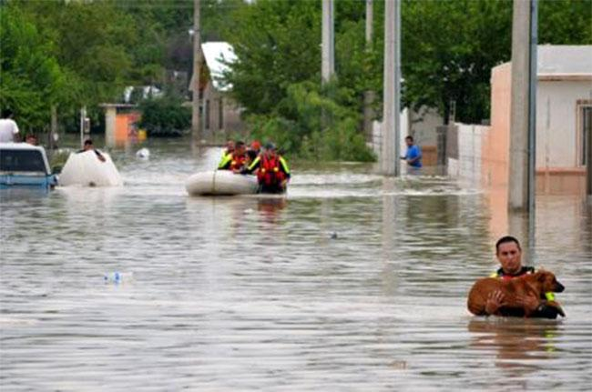 Uragan Jerik (3)